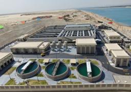 الرئيس السيسي يتفقد محطة معالجة مياه مصرف بحر البقر