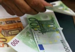استقرار إيجابي لليورو بالقرب من الأدنى لها في 15 شهراً أمام الدولار