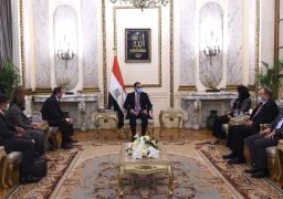 رئيس الوزراء يلتقى نائب رئيس البنك الأوروبي لإعادة الإعمار والتنمية