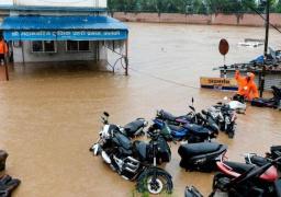 الفيضانات والانهيارات الأرضية تودي بحياة نحو مئة شخص في نيبال والهند