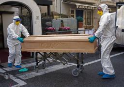 وفيات كورونا حول العالم تلامس عتبة الـ 5 ملايين .. والاصابات 240.7 مليون
