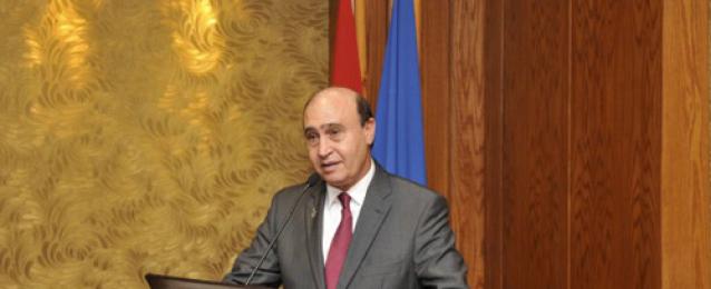 مميش: مصر شعبا وحكومة وقيادة تقدر مواقف خادم الحرمين في مساندتها