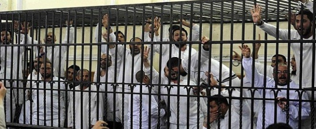 إعادة محاكمة 291 إخوانيًا محكومًا عليه بالإعدام والمؤبد بالمنيا