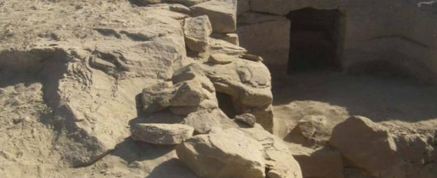 بالصور .. الكشف عن 12 مقبرة جديدة بمنطقة جبل السلسلة بأسوان