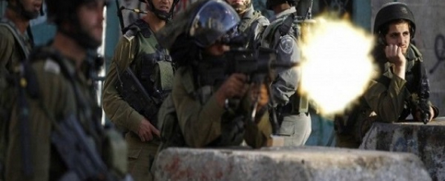 إصابة 3 فلسطينيين بالرصاص الحي خلال مواجهات مع الاحتلال الإسرائيلي شرق غزة