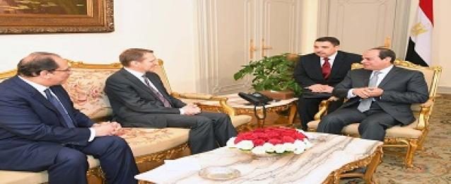 استقبل السيد الرئيس عبد الفتاح السيسي اليوم السيد  سيرجي ناريشيكن مدير جهاز المخابرات الخارجية الروسية، بحضور القائم بأعمال رئيس المخابرات العامة