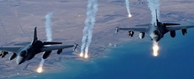 مقاتلات التحالف العربي تنفذ غارات جوية على مواقع الحوثيين غربي اليمن
