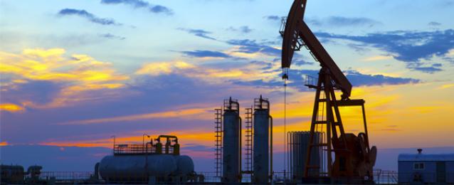 توقيع 3 اتفاقيات جديدة للتنقيب عن البترول والغاز بشمال سيناء وخليج السويس