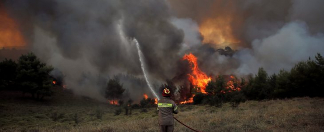 ارتفاع حصيلة الحريق الكارثي في أثينا الى 93 قتيلا