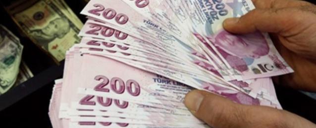 انخفاض الليرة التركية أمام الدولار 4% مجددًا