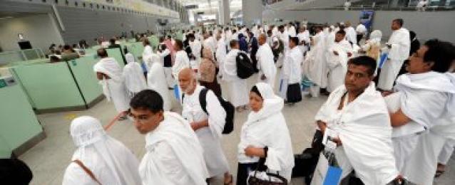 اليوم.. مصر للطيران تسير 14 رحلة لنقل 3051 حاج من القاهرة للأراضى المقدسة