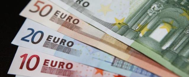اليورو يبلغ أعلى مستوى في أسبوعين
