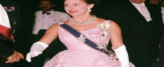 كتاب جديد عن قصة زواج الأميرة مارجريت الشقيقة الصغرى لملكة بريطانيا