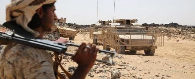 الجيش اليمني يستهدف تعزيزات للميليشيات فى صرواح غربي مأرب