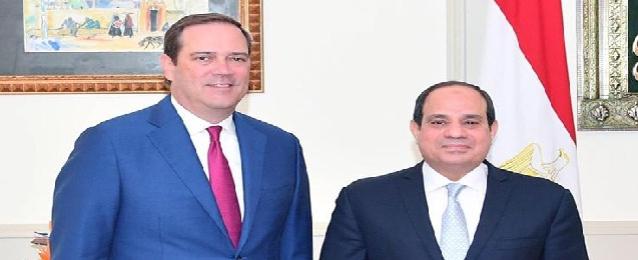 """الرئيس السيسي يستقبل الرئيس التنفيذي لشركة سيسكو سيستمز"""" الأمريكية"""