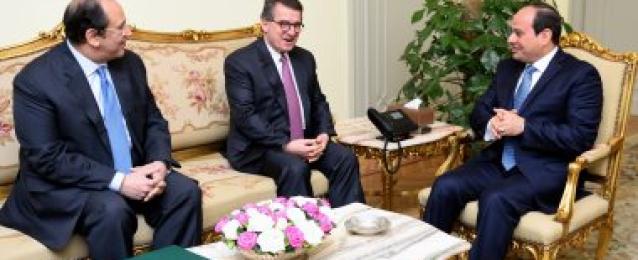 الرئيس عبد الفتاح السيسي يستقبل السيد يانيس روباتيس مدير عام جهاز المخابرات القومي اليوناني