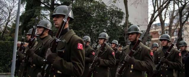 """تركيا تستغل تمدد """"النصرة"""".. وتدفع بقواتها إلى سوريا"""