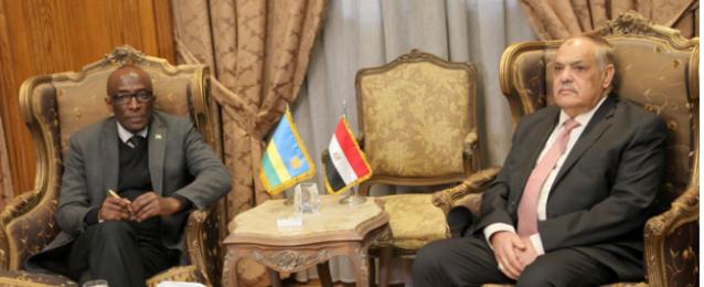 رئيس الهيئة العربية للتصنيع يبحث التعاون مع سفير رواندا