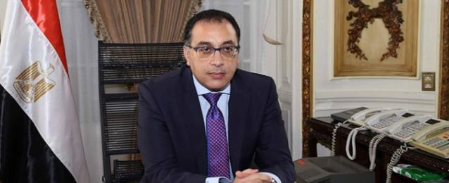 رئيس الوزراء يتلقى تقريراً عن الخدمات المقدمة لأهالي شمال سيناء