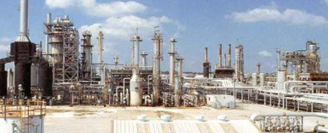 """""""البترول"""": تنفيذ أكبر خطة في تاريخ """"العامة"""" لتعظيم الاحتياطي وزيادة الإنتاج لـ79 ألف برميل يوميا"""