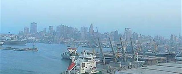 استمرار غلق بوغازي الإسكندرية والدخيلة لسوء الأحوال الجوية
