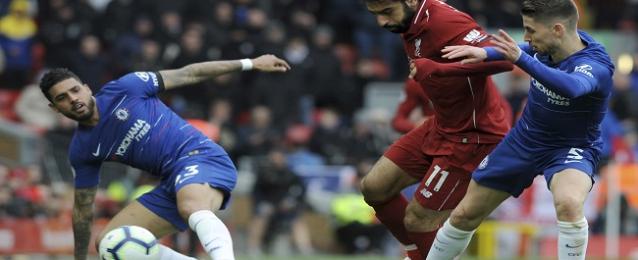 محمد صلاح يقود ليفربول للفوز على تشيلسى وتصدر الدورى الإنجليزى| صور وفيديو