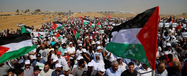 إصابة عدد من الفلسطينيين بالاختناق خلال قمع الاحتلال مسيرات غزة