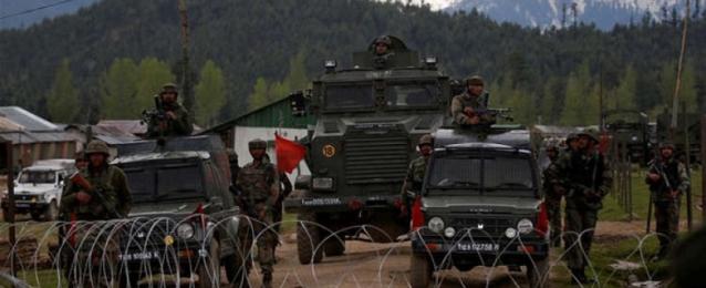 حاكم كشمير الهندية : سيتم تخفيف حظر التجوال عقب يوم الاستقلال غدا