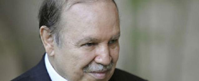 بوتفليقة يؤدى اليمين الدستورية لفترة رئاسة رابعة