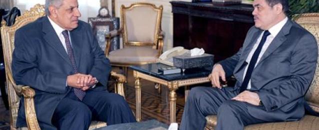 البدوي عقب لقاء محلب: الوفد يدعم الحكومة الحالية.. وعلى المصريين الوقوف يدا واحدة ضد الإرهاب
