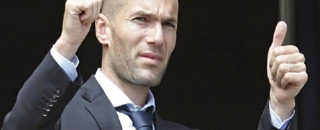 صحيفة إسبانية : زين الدين زيدان يرحل عن ريال مدريد عقب نهاية الموسم