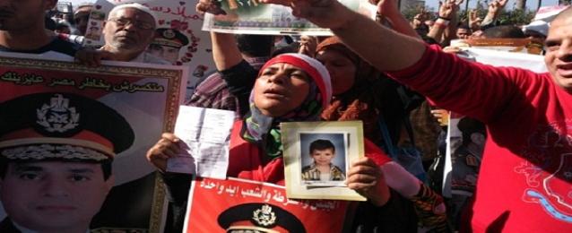 تظاهرة مؤيدة للسيسي بساحة القائد إبراهيم بالإسكندرية