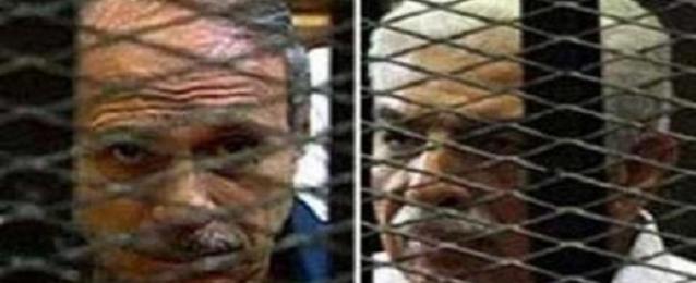 """تأجيل إعادة محاكمة نظيف والعادلي بقضية """"اللوحات المعدنية"""" لـ 24 مايو"""
