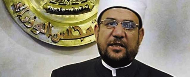وزير الأوقاف يؤكد مجددا أحقية الوزارة في السيطرة على المساجد