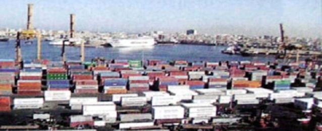 وصول 34 ألف طن مواد وقود إلى ميناء الإسكندرية