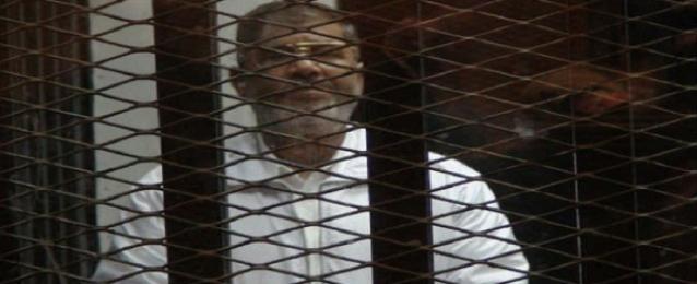 """استئناف محاكمة مرسي في قضية """"أحداث الاتحادية"""" اليوم"""