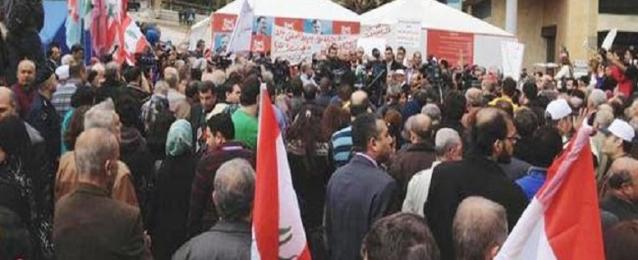 إضراب عام في لبنان احتجاجا على فشل إقرار زيادة الرواتب