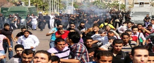 الأمن يمنع طلاب الاخوان من قطع الطريق أمام المدينة الجامعية بجامعة الأزهر