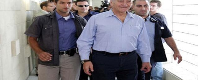 الحكم على ايهود اولمرت بالسجن الفعلي 6 سنوات بتهمة تلقي الرشوة