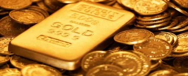 الذهب يهبط لأدنى مستوى في 3 أشهر ونصف