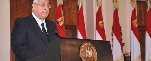 الرئيس منصور: الانتخابات الرئاسية أُجريت في مناخ ديمقراطي