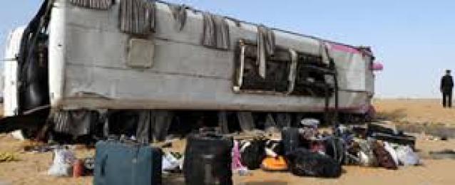 إصابة 31 شخصا فى حادث انقلاب أتوبيس رحلات بطريق سفاجا