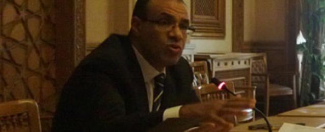 جهود الخارجية تنجح في حل مشكلة الشاحنات والسائقين المحتجزين في ليبيا
