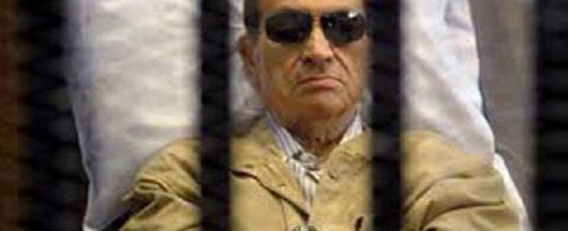 تأجيل إعادة محاكمة مبارك ونجليه علاء وجمال إلى السبت