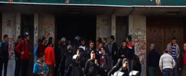 قوات الأمن تسيطر على حريق بمبنى كلية تجارة جامعة الأزهر بمدينة نصر