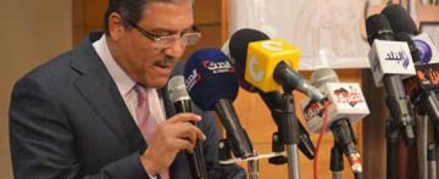 السادات يطالب المصريين في أمريكا بتوضيح الحقيقة وكذب الإخوان