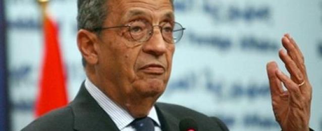 مصادر دبلوماسية: أنباء عن ترشح عمرو موسى لخلافة الأخضر الإبراهيمي مبعوثًا للأمم المتحدة بسوريا