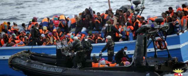 البحرية الإيطالية تنقذ 500 مهاجر غير شرعى