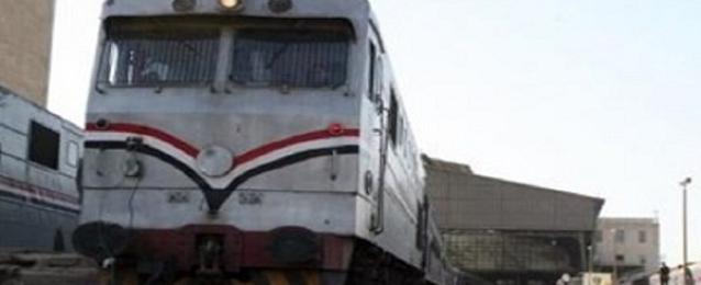 عودة حركة قطارات الصعيد إلى طبيعتها