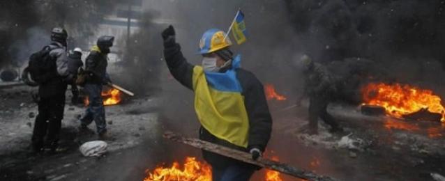 قتلى وجرحى بتجدد الإشتباكات شرقي أوكرانيا